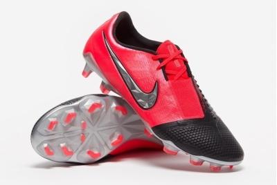 Футбольные бутсы Nike Phantom Venom Elite FG AO7540-606