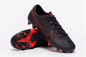 Футбольные бутсы Nike Mercurial Vapor 13 Academy MG AT5269-060