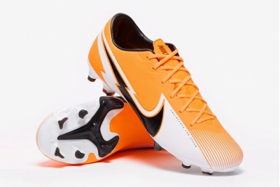 Футбольные бутсы Nike Mercurial Vapor 13 Academy MG AT5269-801