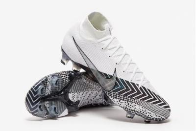 Футбольные бутсы Nike Dream Speed Mercurial Superfly 7 Elite FG BQ5469-110
