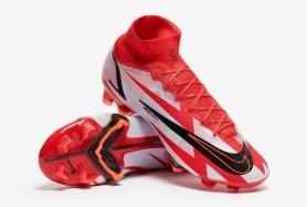 Футбольные бутсы Nike Mercurial Superfly 8 Elite CR7 FG DB2858-600