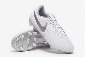 Детские футбольные бутсы Nike Tiempo Legend VIII Academy FG Junior (КОЖА) AT5732-100