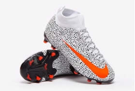 Детские футбольные бутсы Nike Mercurial Superfly 7 Academy CR7 MG Junior CV3182-180