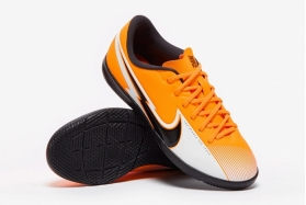 Детские футзалки Nike Mercurial Vapor 13 Academy IC Junior AT8137-801